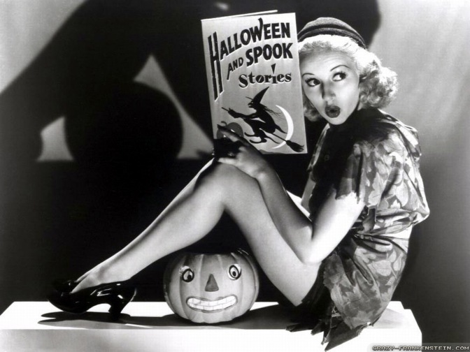 Halloween från förr: Pin-ups #1