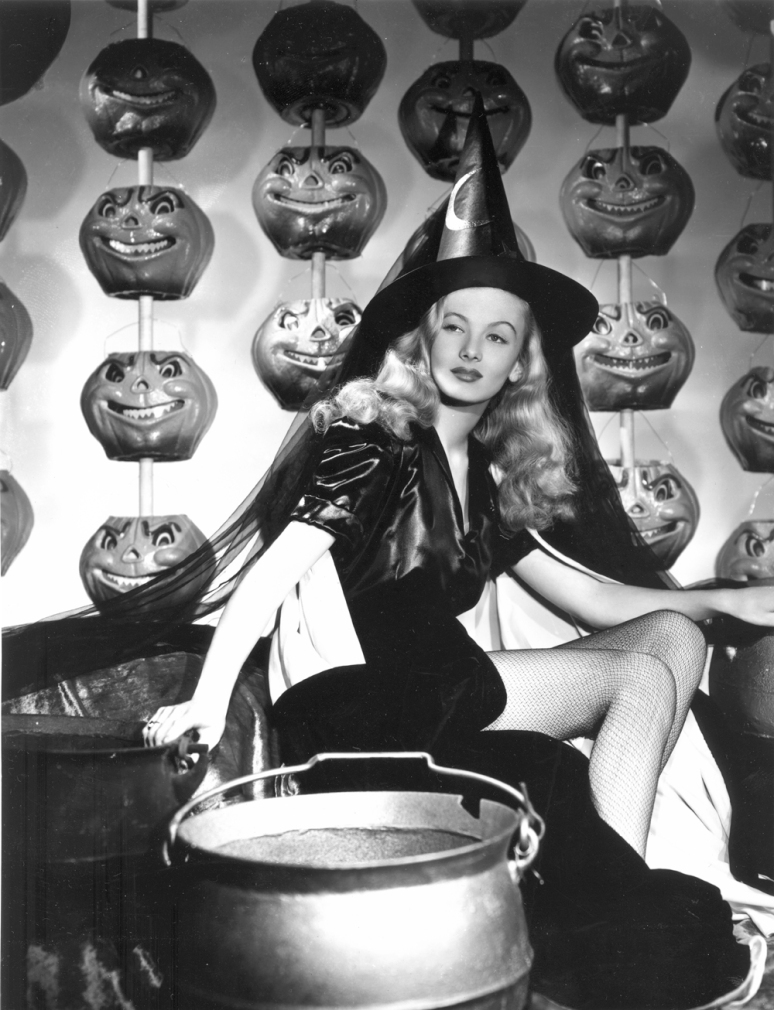 Veronica Lake 30622_IMAW_Press_Photo_15_1000_122_273lo