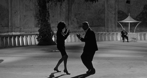 Fellini-2